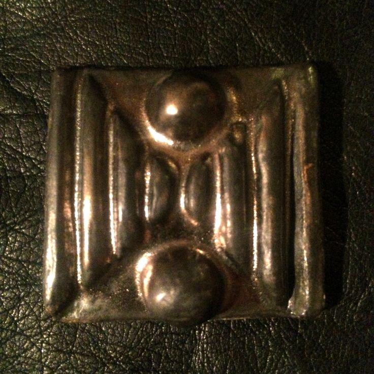 Keramická brož - bronz