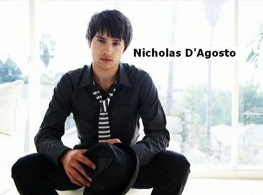 17 Best images about Nicholas d Agosto! um cupcake on ...