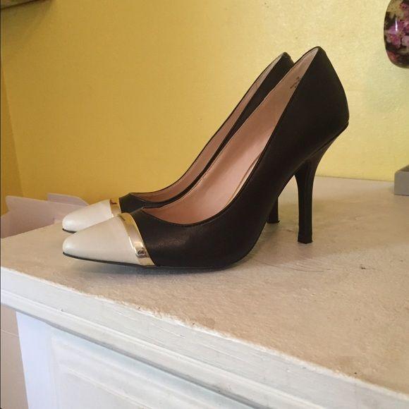 Nine West heels Worn once Nine West Shoes Heels