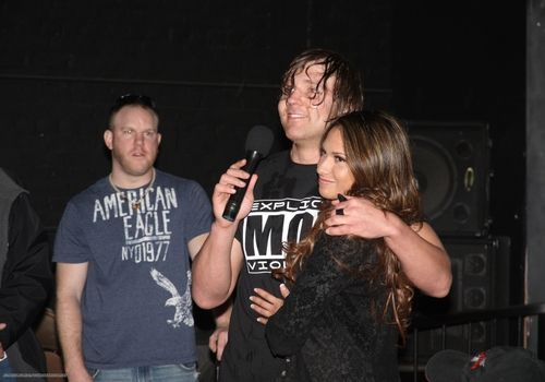 aj lee and dean ambrose dating summer