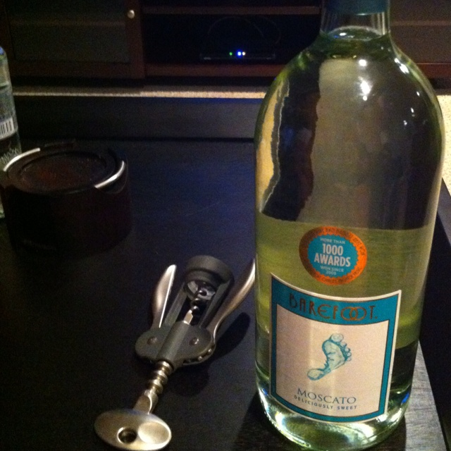 Moscato: Happy Hour, I M Gonna, Things I M, Bucks, Holidays, Bad, Favorites, Cocktails
