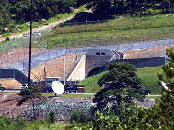 3.) Raven Rock Mountain Complex (Pennsylvania-Maryland): This site was meant to be used as a relocation site for the pentagon staff, fitting up to 3,000 people. There are five, 3-story buildings in the complex.