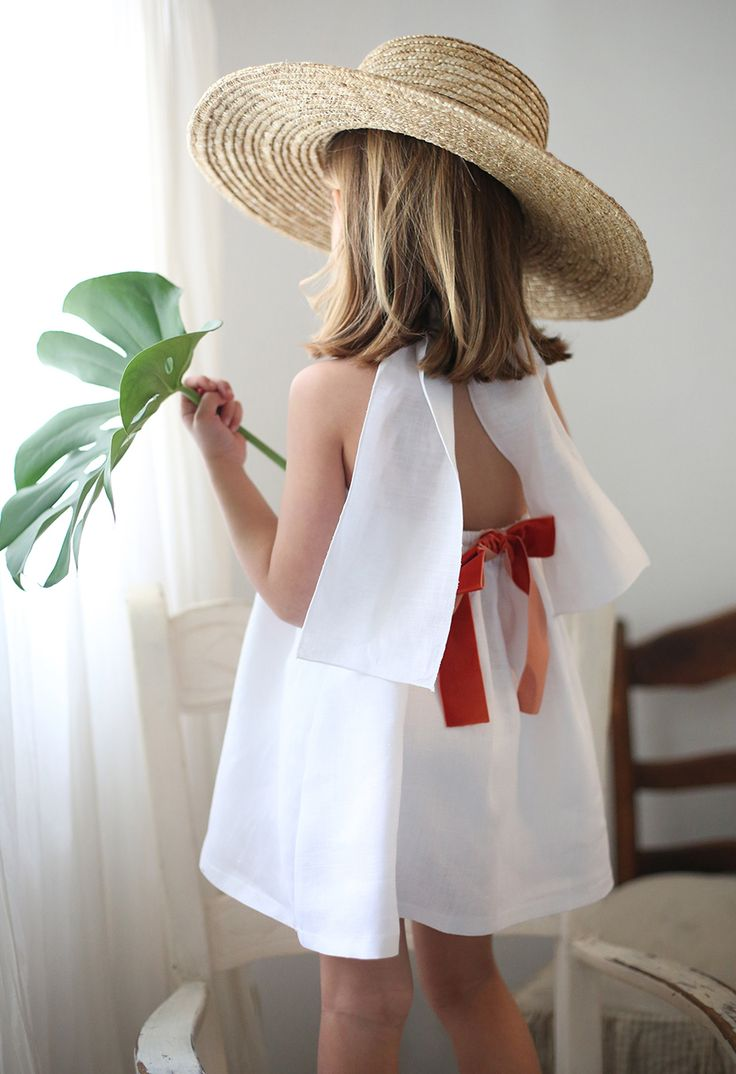 By Niné romantic dresses for girls, summer fashion. Verano moda