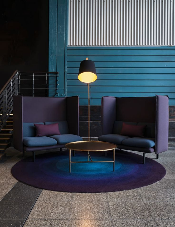 CONTEMPORARY LOUNGE AREA | modern furniture, dark colors give an luxury touch to this decor