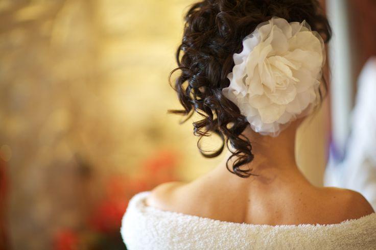 Wedding Hair #updo #bridalhair #bride #weddinghair #flower
