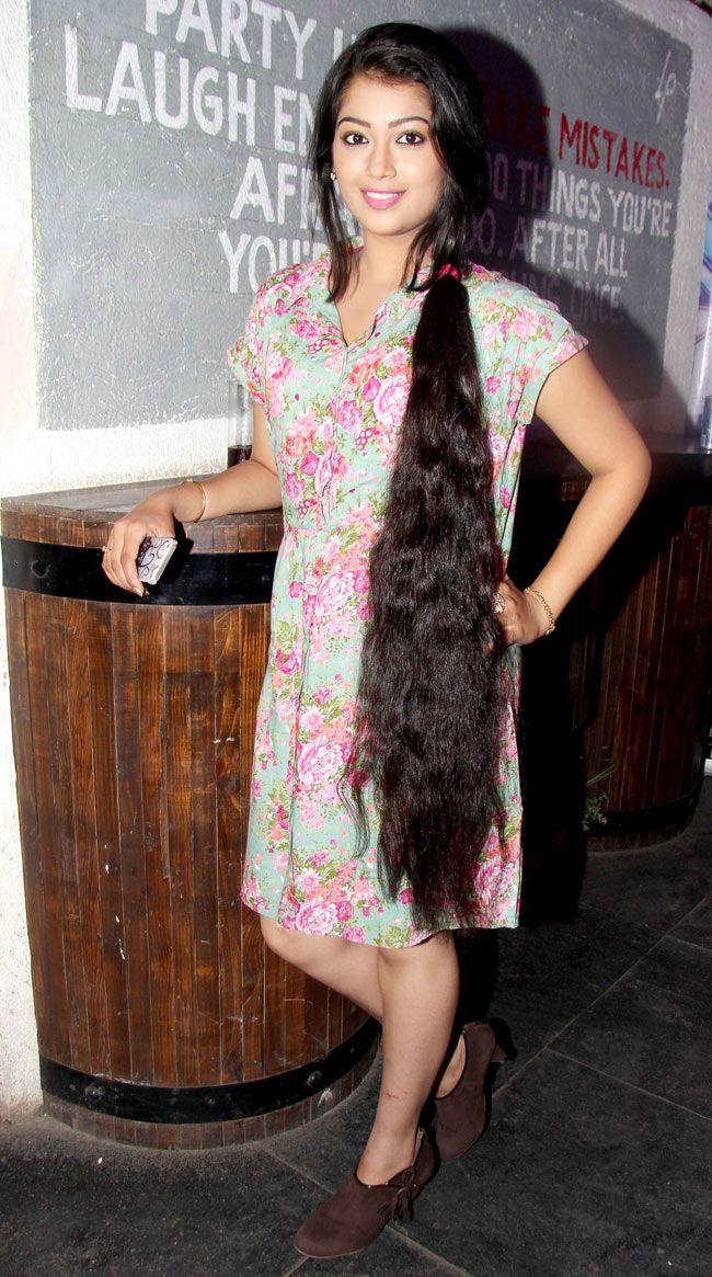 digangana suryavanshi hair - photo #3