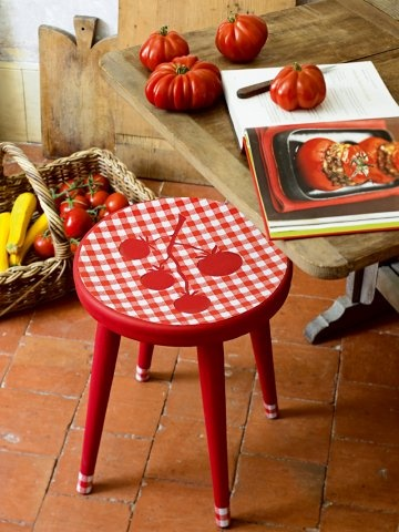 Un tabouret rouge tomate - Pour la cuisine - marieclaireidees.com