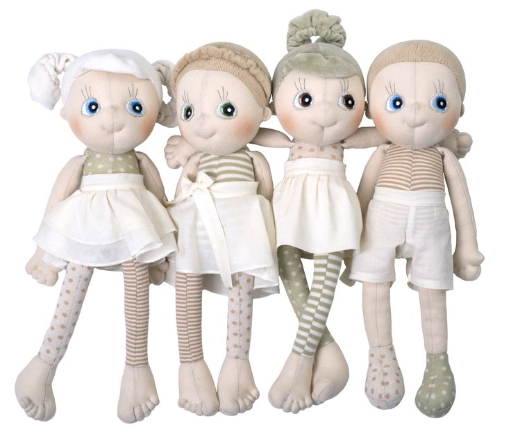 Say hello to EcoBuds, Rubens Barn's first doll in soft organic cotton! EcoBuds love holding hands and exploring the environment, they are nature friendly and would like to be your friend too!