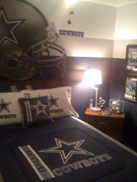 17 best images about dallas cowboy room on pinterest for Dallas cowboys bedroom paint ideas