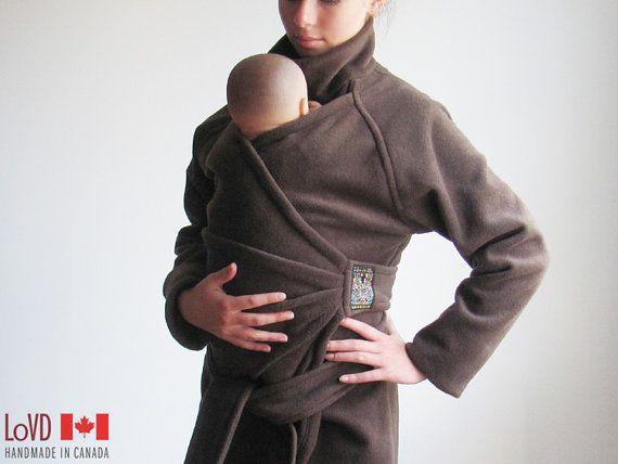 Maternidad. Abrigo de maternidad. Llevar la chaqueta. Chaqueta de maternidad. Llevar abrigo. NAVES hoy. Bebé vistiendo abrigo. Brown. Canadá.