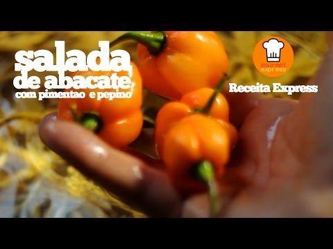Salada - abacate, milho, pimentão e pepino - Foto de express.atendimento