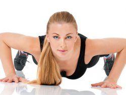 Täglich 12 Fitnessübungen in nur 7 Minuten – was nach lockerem Training klingt, ist eine echte Herausforderung: Prof. Ingo Froböse über das erstaunliche 7-Minuten-Workout | http://eatsmarter.de/blogs/ingo-froboese/7-minuten-workout
