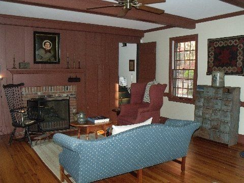 1800s living room the 1800 house antiques colonial living rooms and 10526