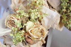 Картинки по запросу розы из мешковины