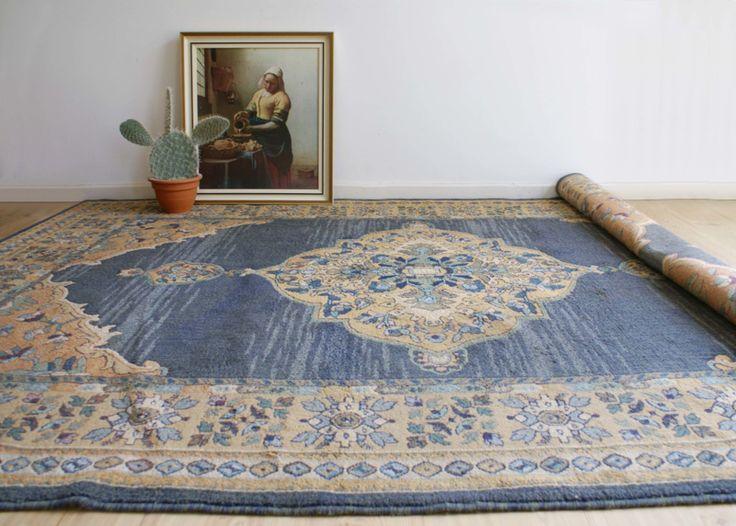 Blauw vintage vloerkleed met Oosters patroon. Te gek look-a-like Perzische / Bohemien tapijt