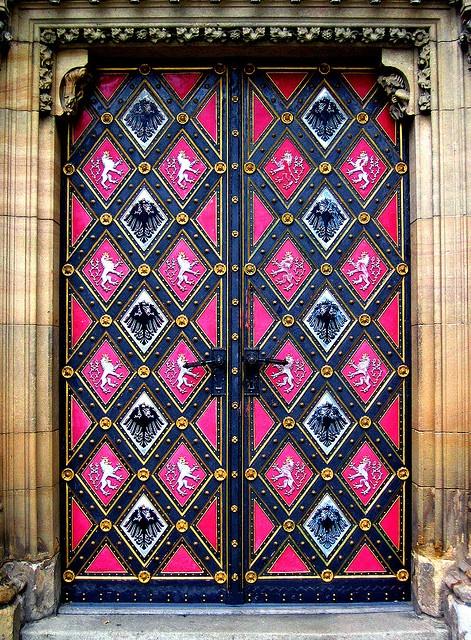 Detailed Door ( Prague )Painting Doors, Graphics Pattern, Exterior Doors, Windows, Prague Czech Republic, Knock Knock, Colors Doors, Beautiful Art, Pink Diamonds