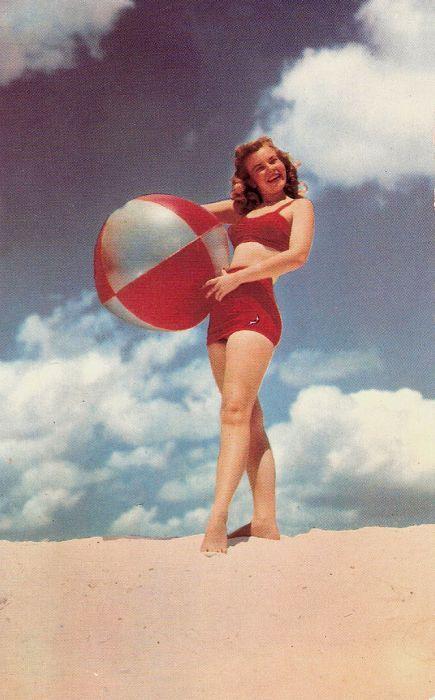 maillots de bain des annees 40 et 50 57   Maillots de bain des années 40 et 50   vintage pin up photo maillot de bain image années 50 années 40