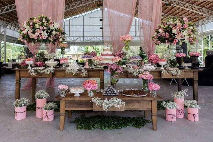 mesa de bolo de casamento!