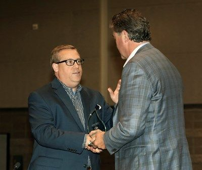 Presentation of an award to Southern Baptist Convention President Steve Gaines and advocacy by Alabama pastor Eric Hankins of 'loyal opposition to the rise of Calvinism in the SBC' were among emphases at the Connect316 banquet June 13 in conjunction with the SBC annual meeting in Phoenix.