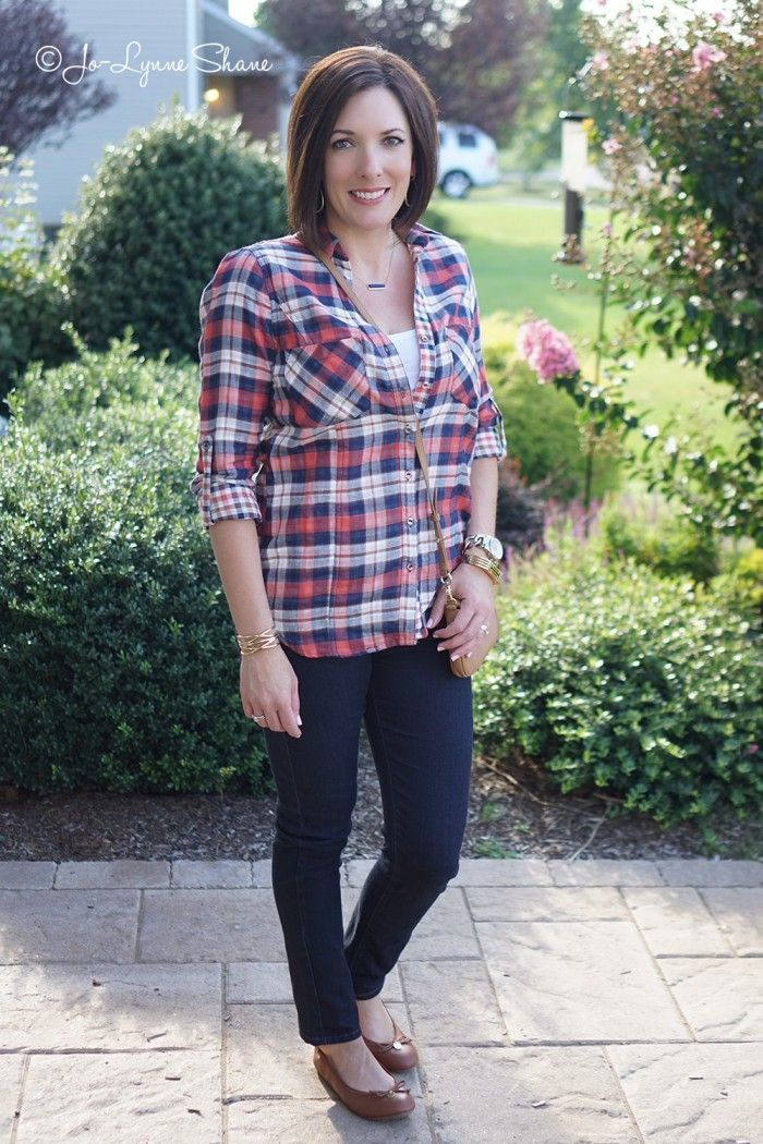 26 Days of Fall Fashion: Day 3 | Fall 2015 Fashion Trend: Plaid | Dark Skinny Jeans | Fall Fashion for Women Over 40