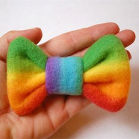 Sew a cute bow with a few scraps of fleece!
