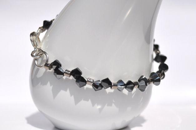 Swarovski bicone bracelet - delikatna bransoletka z kryształów SWAROVSKIEGO - BICONE JET HEMATITE i japońskich koralików MIYUKI, z posrebrzanym zapięciem.