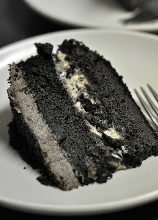 Oreo Ice Cream Cake | It is the simplest, great tasting cake I've ever made. Great to make with the kids.