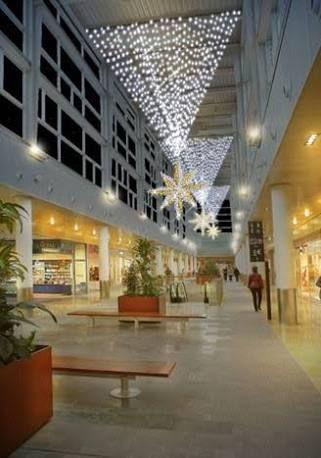M s de 1000 ideas sobre centros comerciales en pinterest - Decoracion navidena para comercios ...