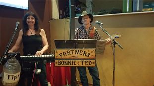 Every Wednesday, Partners will be playing live Country Music at Manda Le' for Country Night and more fun times located at 3455 Canyon de Flores, Sierra Vista, AZ. 85650 from 6:00-8:00 PM. The Prime rib special is only $14.95 price. Great food, good friends, and fun live country music by Partners. Come on down and get your dancing shoes on, or just sit and relax with a great meal or beverage with great Happy Hour and dinner specials! For reservations, please call 520-803-9668 or visit our…