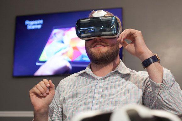 Samsung Gear VR Tanıtıldı! http://gametypist.com/samsung-gear-vr-tanitildi/