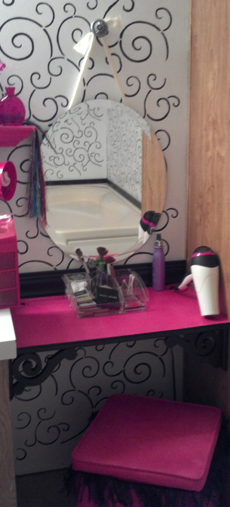 Best Images About Best Makeup Vanity Ideas On Pinterest - Makeup vanity ideas