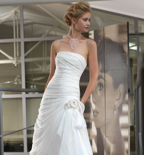 So smart. Vestiti donna, abiti da sposa