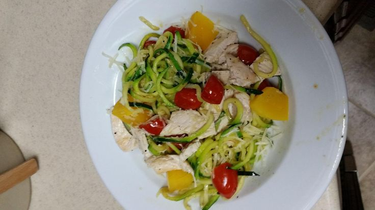 Amazon.com: Paderno World Cuisine A4982799 Tri-Blade Vegetable Spiral Slicer.: Kitchen & Dining