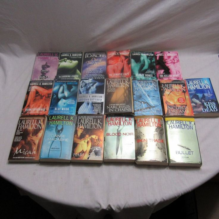 Laurell K Hamilton 19 Book Lot Anita Blake Vampire Hunter PB Urban Fantasy