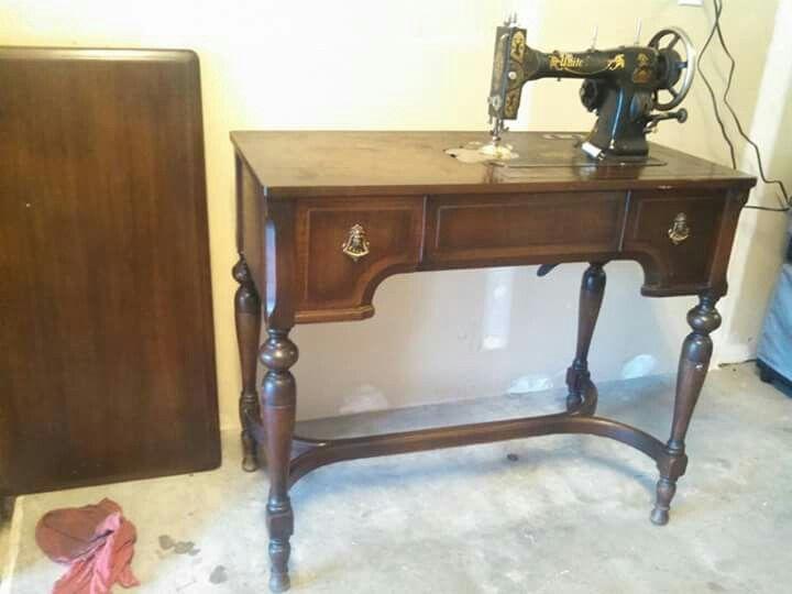 39 best Antique sewing machines images on Pinterest | Antique ...