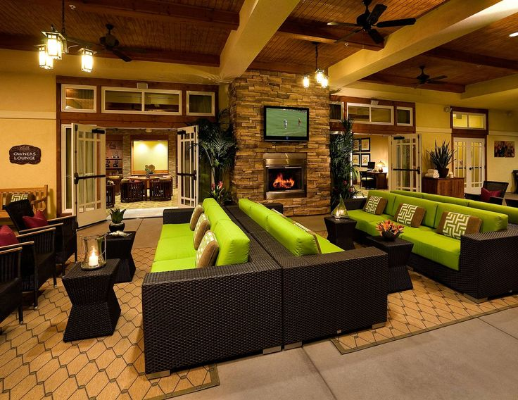 Sit back and relax at the Mountain Springs Owner's Lounge while visiting Welk Resorts San Diego.