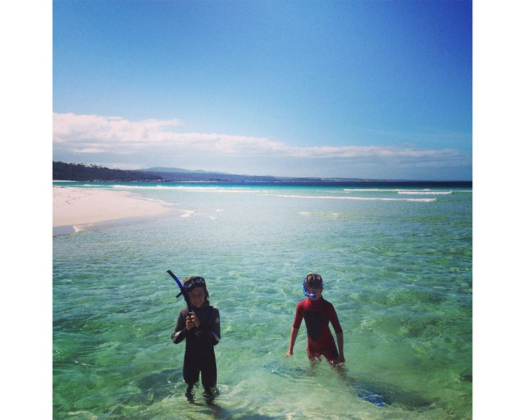 The stunning Binalong Bay, Bay of Fires, East Coast Tasmania! Heavenly!  http://www.beaumarisbeachpad.com.au/
