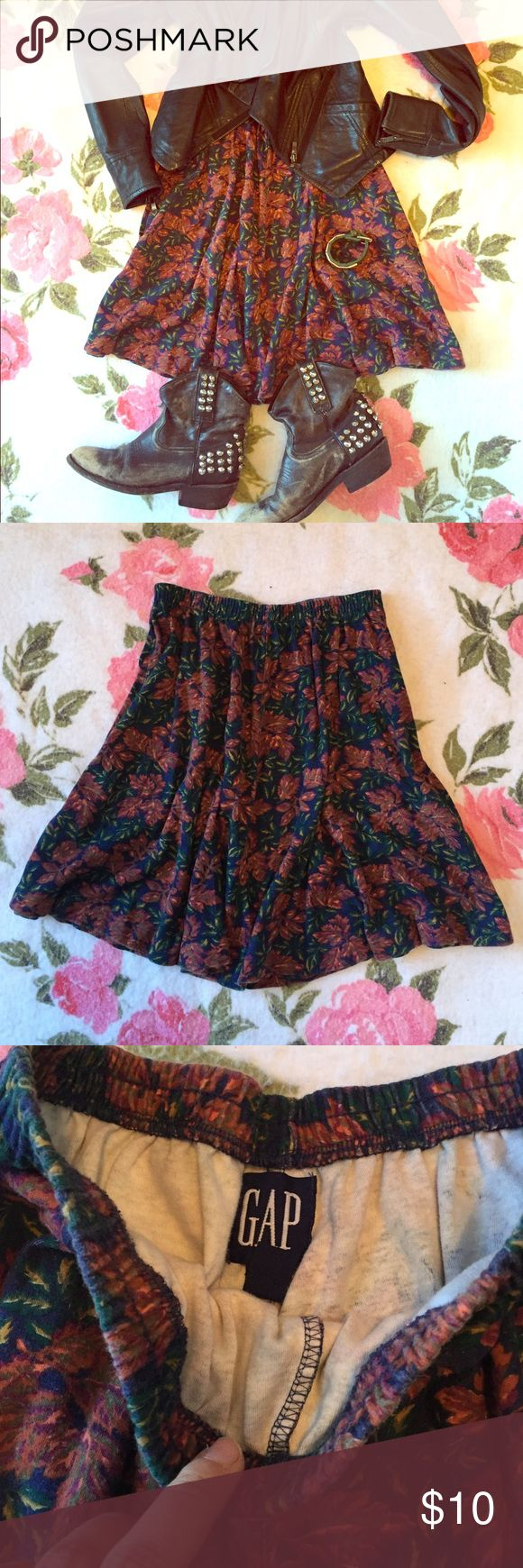 Vintage GAP skirt M Fun little gap skirt. Warm fall colors, elastic bank. Normal vintage wear with a little fading old GAP label. GAP Skirts Mini