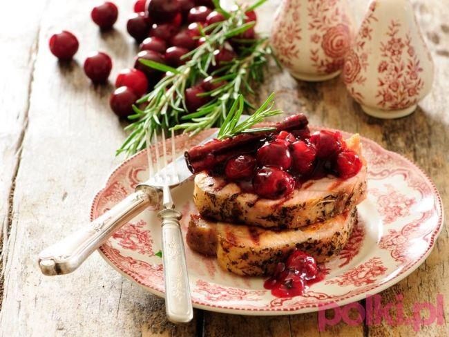 Schab z wiśniami - przepis składniki i przygotowanie -Przepisy na grilla