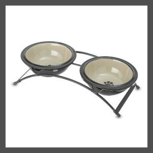 8″ Smokey Taupe Feeder This modern elevated feeders is elegant in design. The stand is made of metal. Experts say that elevated eating are healthier for dogs as they may prevent gastrointestinal disorders. http://theceramicchefknives.com/ceramic-pet-bowls/