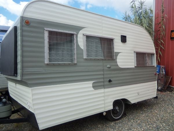how to search for and find a vintage travel trailer or autos weblog. Black Bedroom Furniture Sets. Home Design Ideas