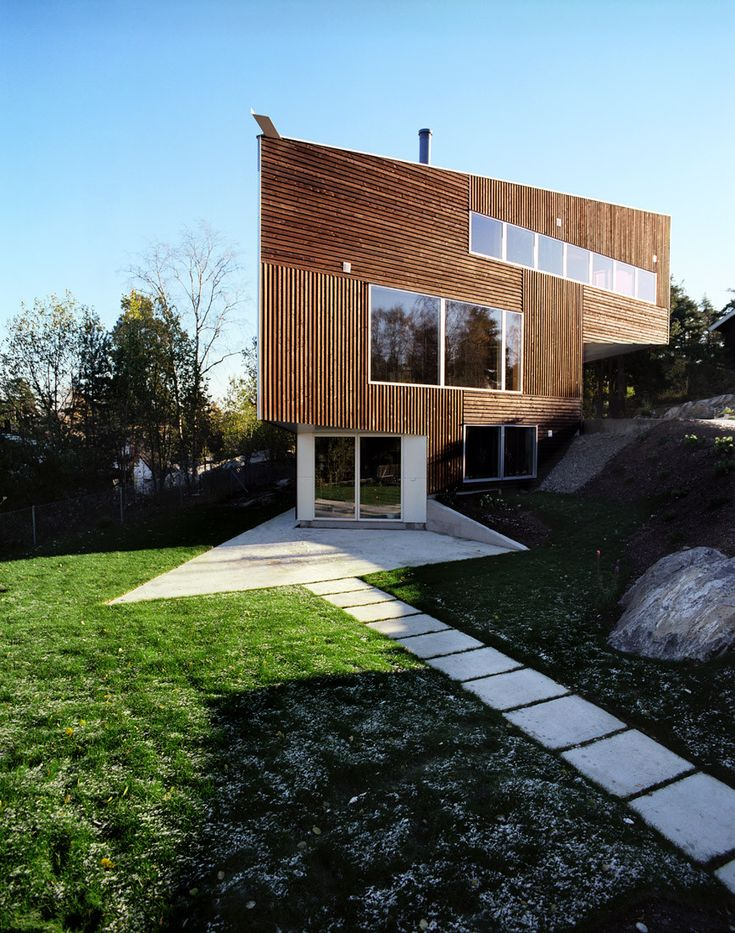Built by JVA in Nesodden, Norway with date 2006. Images by Ivan Brodey. This house is situated with views towards the sea between the branches of the surrounding pine-forest. The permitted ...