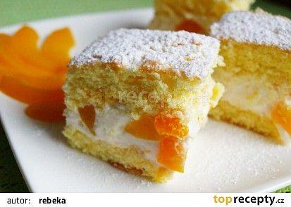 Lehounké piškotové řezy recept - TopRecepty.cz