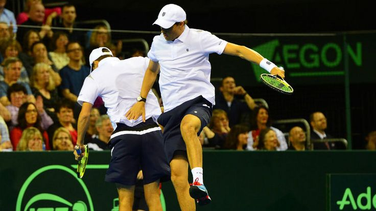 Mike and Bob Bryan: The doubles giants overcame Dom Inglot and Jamie Murray