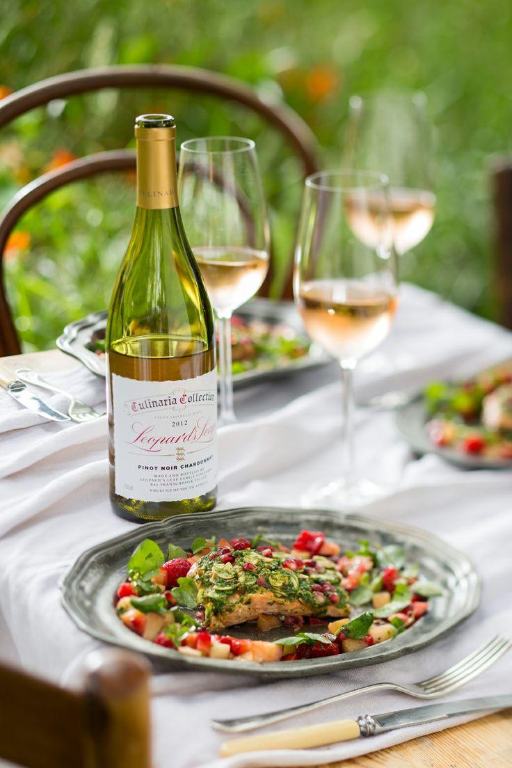#LeopardsLeap #culinaria #wine #pinotnoir #chardonnay #foodwinepairing #foodphotography #foodstyling #salmon #herbcrust #almonds #berry #salsa