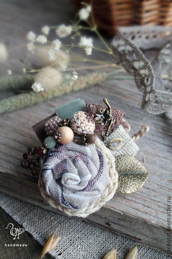Купить Брошь цветок Сухие травы - брошка-цветок, брошка маленькая, брошка с камнями,textile brooch, textile jewellery
