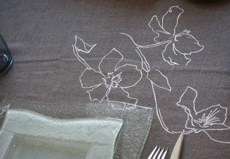 Linge de table lin brodé - Nappes, chemins de table, serviettes