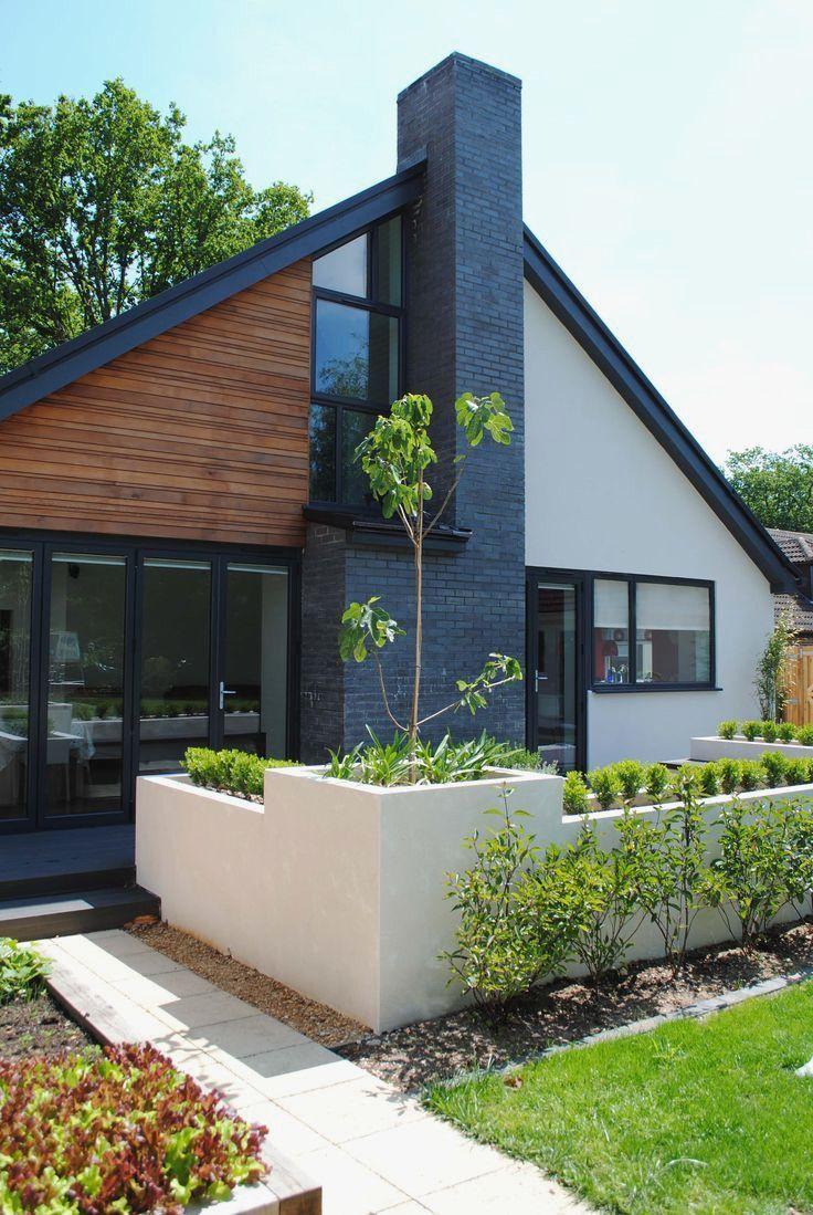 Modern Bungalow House With Attic Elegant 25 Best Ideas About Black Exterior On Pinterest Bungalow Exterior White Exterior Houses Exterior Design