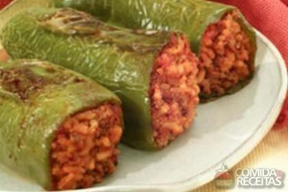 Receita de Pimentão recheado com carne moída e calabresa em receitas de legumes e verduras, veja essa e outras receitas aqui!
