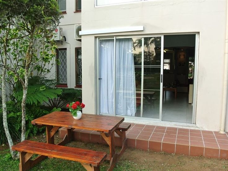 29 The Bridge - Located a few steps from St Lucia Tours and Charters in St Lucia, this apartment features free Wi-Fi. The unit comprises of two bedrooms, and features a kitchen is that is fitted with an oven and a microwave, ... #weekendgetaways #stlucia #zululand #southafrica